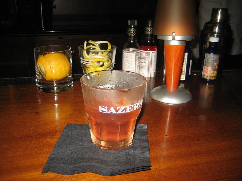Sazerac cocktail at the Sazerac bar, Roosevelt Hotel, New Orleans. Foto: Infrogmation.